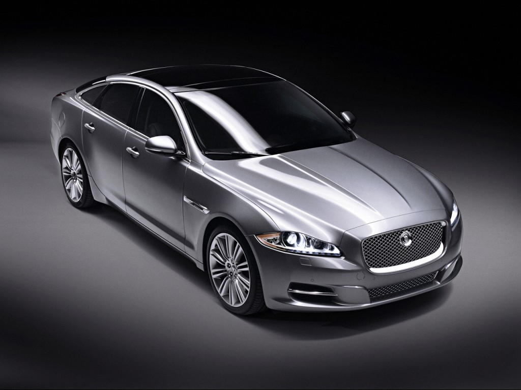 Jaguar XJ Car Wallpaper