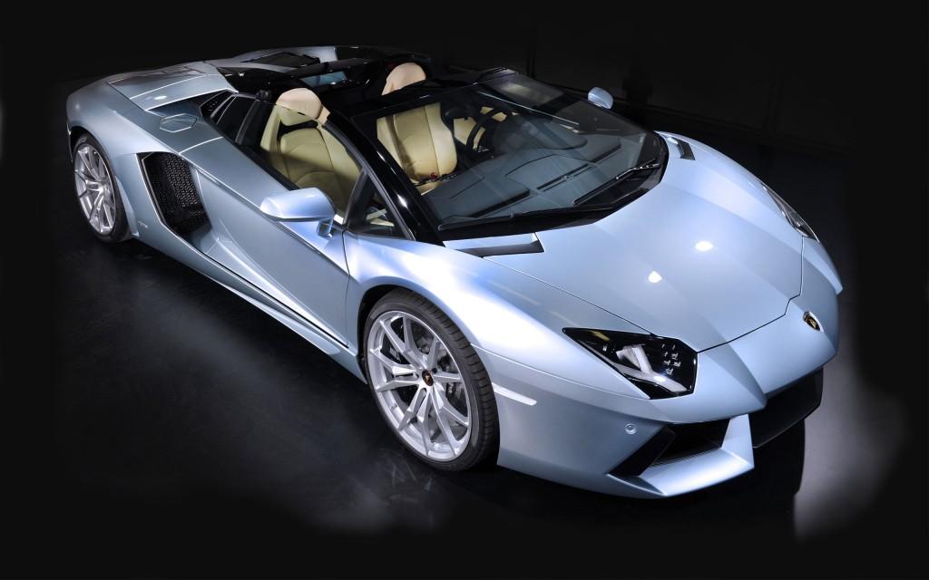 Lamborghini Aventador-Wallpapers