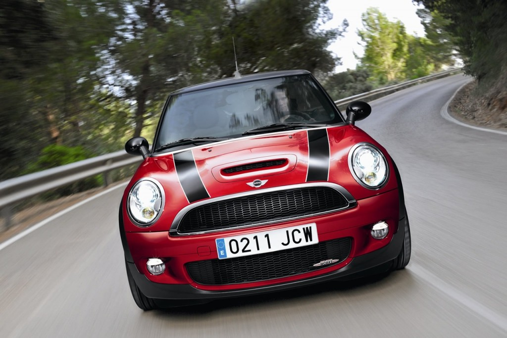 2013 Mini John Cooper Works Car Wallpaper