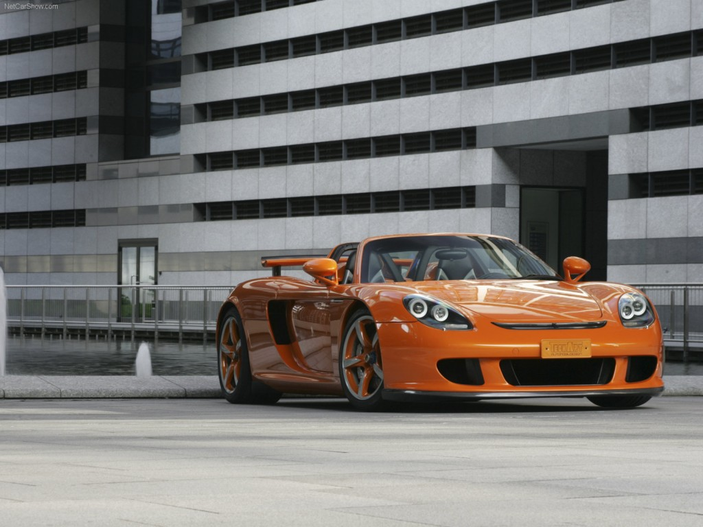 Porsche Carrera GT 2013 HD Wallpaper For DesktopPorsche Carrera GT 2013 HD Wallpaper For Desktop