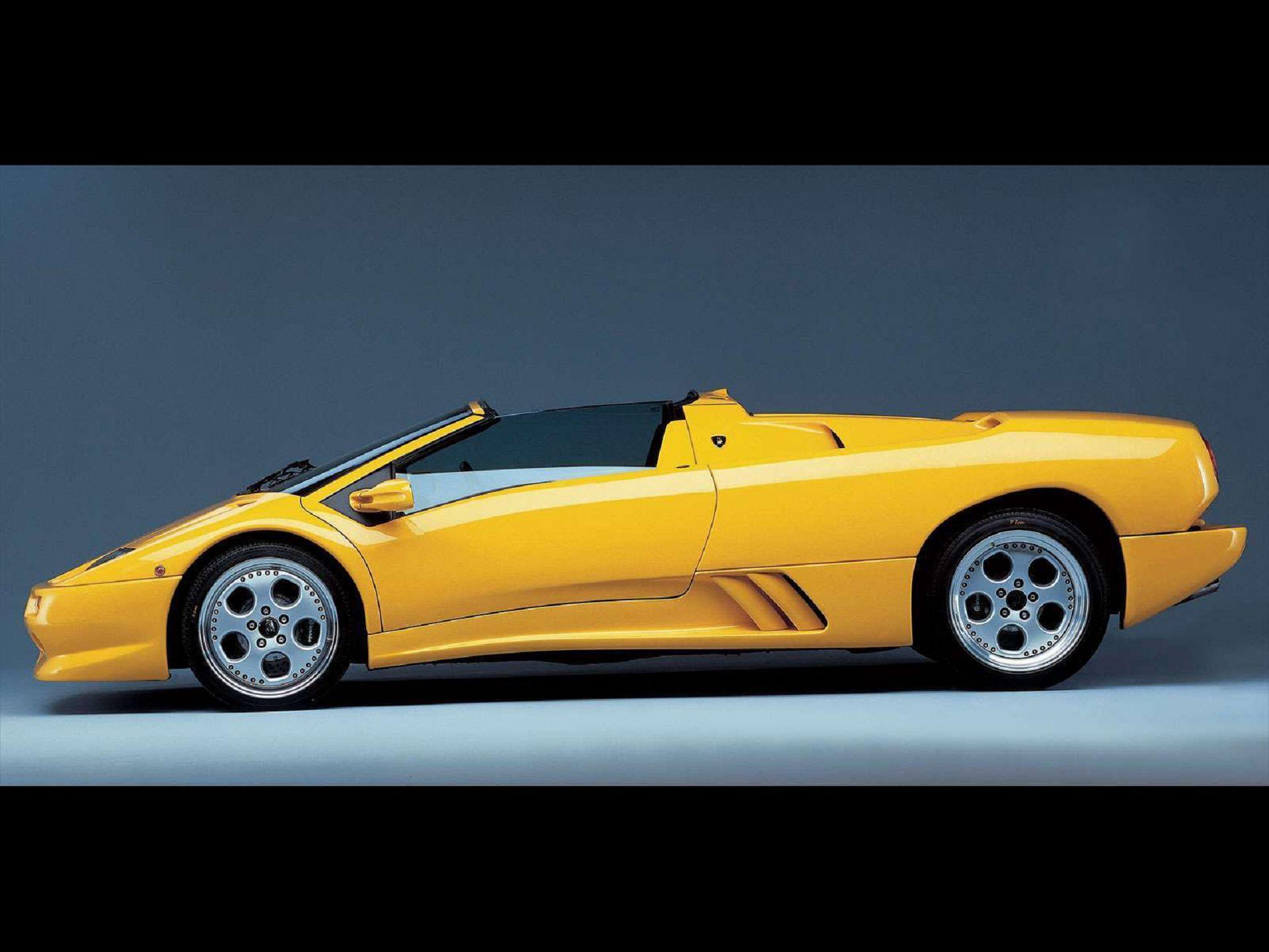 Lamborghini Diablo Roadster Yellow Wallpaper