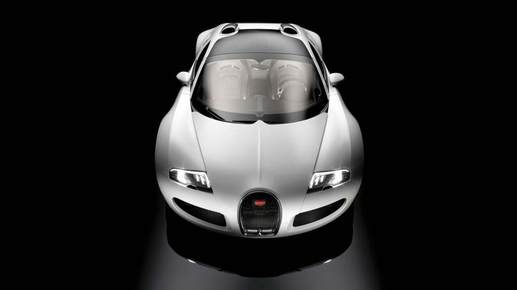 Silver Bugatti Veyron Car Wallpapers