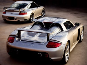 Carrera gt vs Porsche Car HD for desktop background