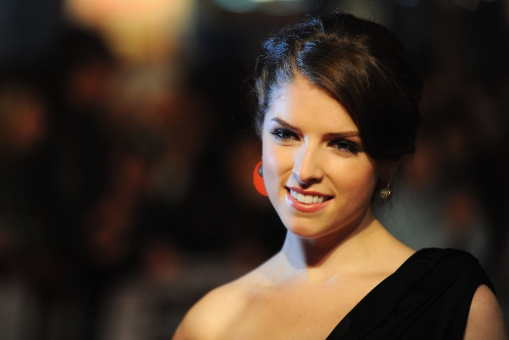 Anna Kendrick Beautiful Full HD Wallpapers For Desktop