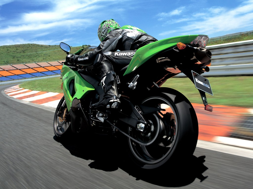 Kawasaki Ninja rx Bike Wallpaper for free
